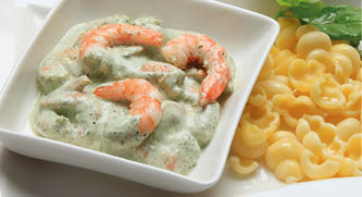 """Pesto"" prawn salad"
